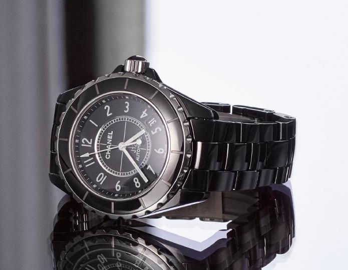 Best Luxury Watches for Women: J12