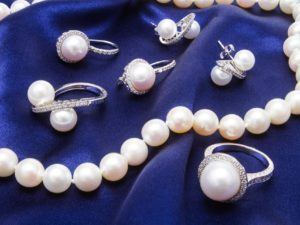 Diamond and Pearl Jewelry
