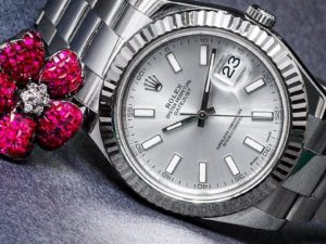 Women's Luxury Watches to Give this Mother's Day