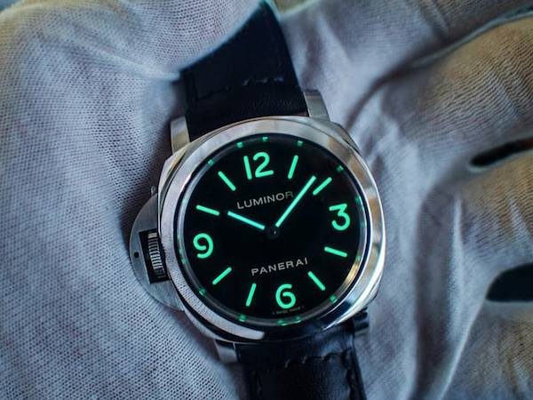 Modern Watch Icon: Panerai Luminor
