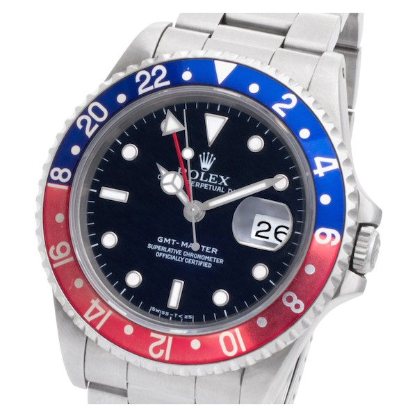 The ref. 16700 introduced sapphire crystal to the GMT-Master