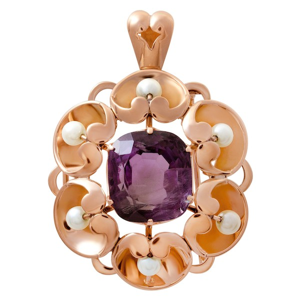 February Birthstone Amethyst Jewelry: Vintage-Inspired Amethyst and Pearl Pendant