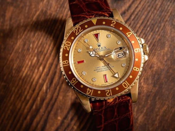 What are Rolex Serti Dials?