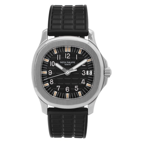 The Aquanaut ref. 5066 made its debut in 1998