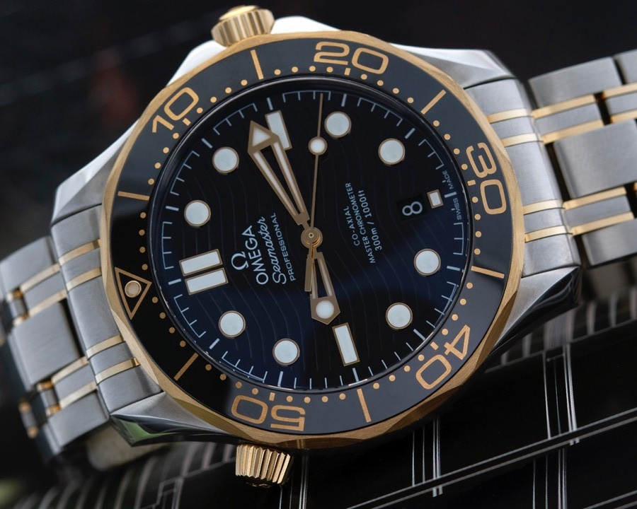 Iconic Dive Watches: Omega Seamaster Diver 300M