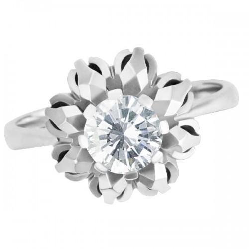Estate Darling diamond ring in 18k white gold. 0.75 carat center diamond. Size 7.5