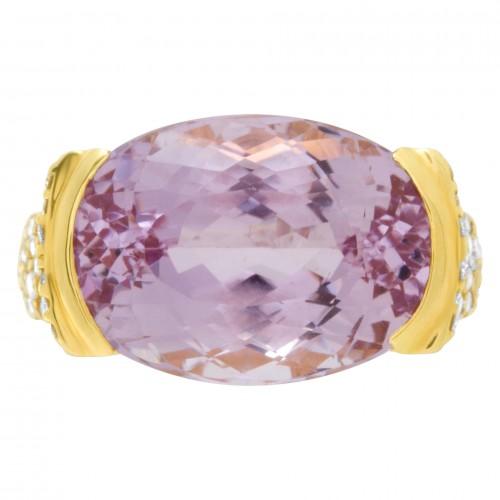 Pink Kunzite & Diamond ring set in 18k yellow gold. 15.38cts Kunzite