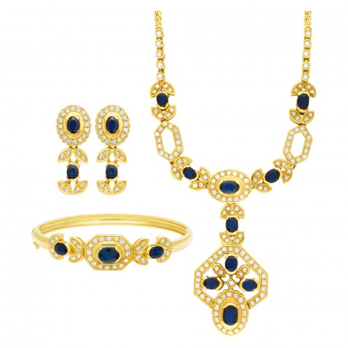 Oval dark blue sapphire & diamond set necklace, earrings, bracelet (5.7 carats)