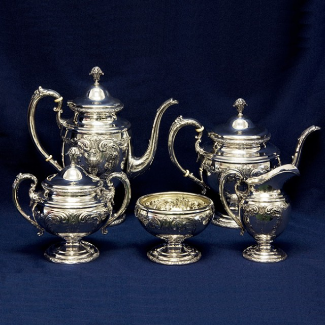 Towle Old Master 5 piece Sterling Tea Pot, Coffee Pot, Creamer, Covered Sugar, & Bowl image 1