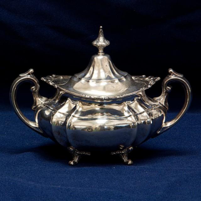 Reed & Barton Hampton Court 5 Piece Sterling Tea Set 81.16 Oz Troy image 5
