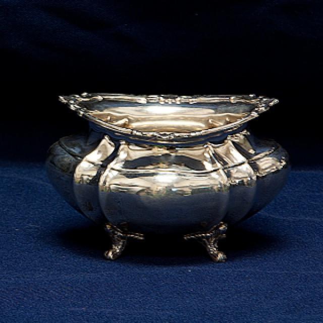 Reed & Barton Hampton Court 5 Piece Sterling Tea Set 81.16 Oz Troy image 6
