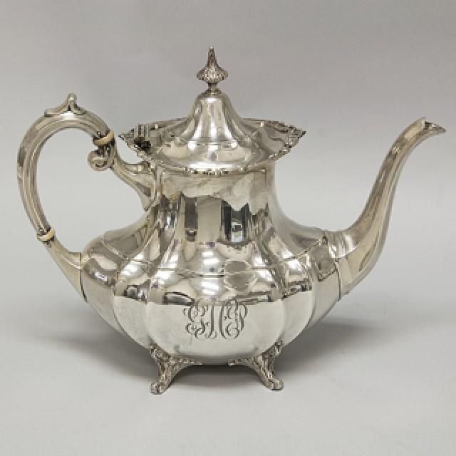 Reed & Barton Sterling Hampton Court Gorham 6 piece Tea Set over 121 oz troy. image 2
