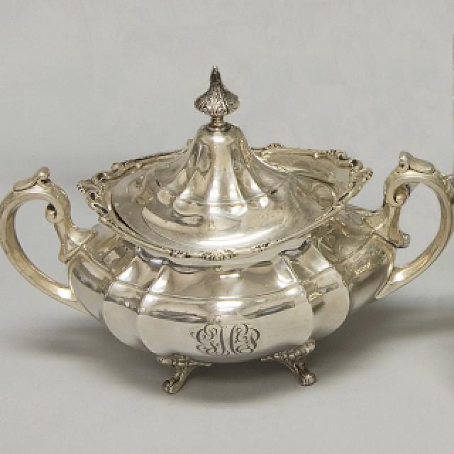 Reed & Barton Sterling Hampton Court Gorham 6 piece Tea Set over 121 oz troy. image 8