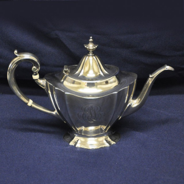 Reed & Barton sterling silver 6 piece coffee & tea set with kettle and serving tray. Over 194 oz t image 2
