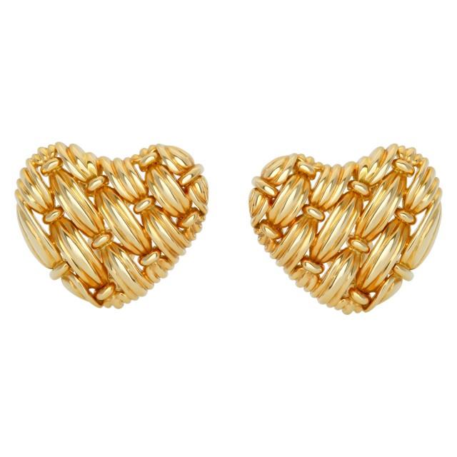 Tiffany & Co. woven heart clip earrings in 18k yellow gold image 1