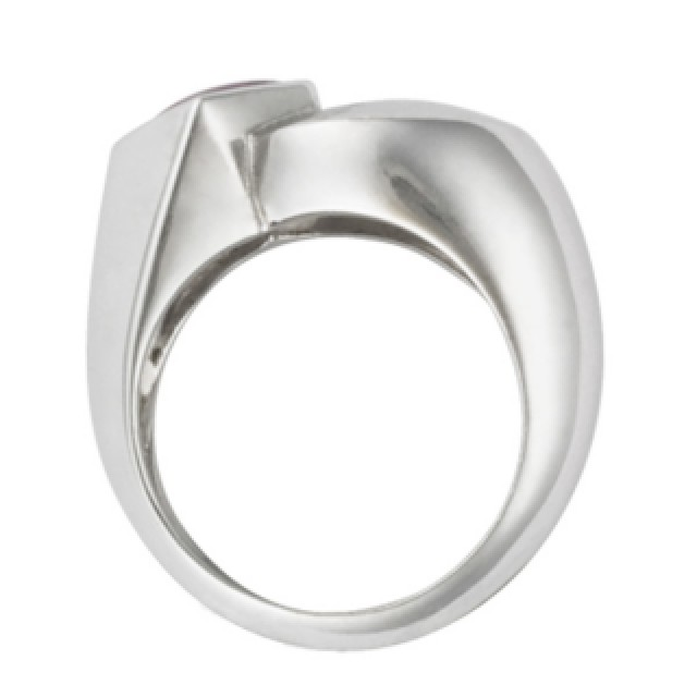 Fred Ruby Ring in 18k white gold image 3