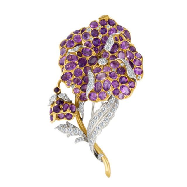Flower amethyst & diamond brooch in 18k image 1