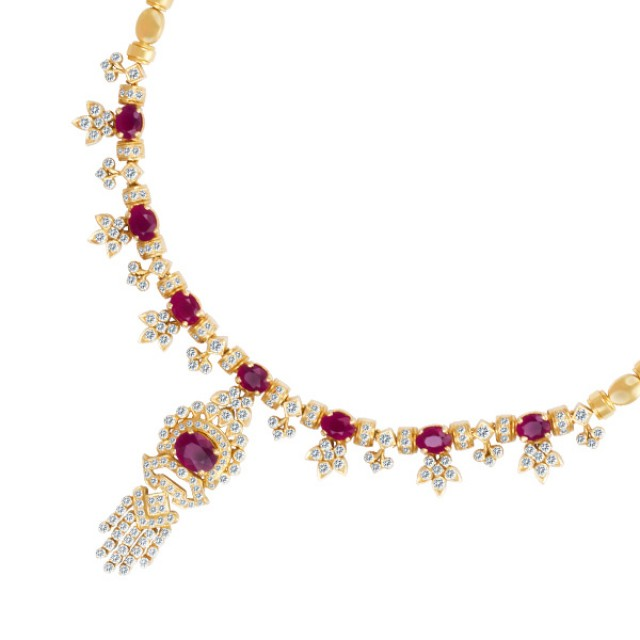Diamond and ruby necklace in 18k gold image 1