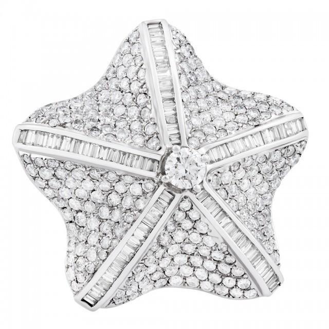 Sea Star diamond ring in 18k white gold image 1