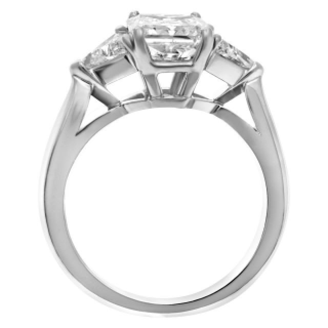 Diamond ring in platinum. Approx 1.5 carat F-G Color, I Clarity. image 3