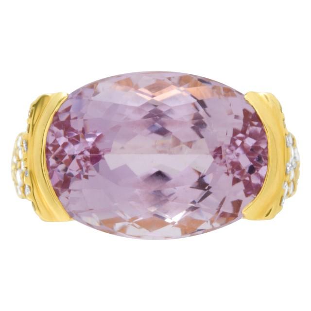 Pink Kunzite & Diamond ring set in 18k yellow gold. 15.38cts Kunzite image 1