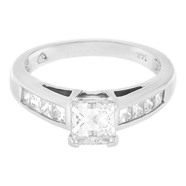 GIA certified rectangular modified brilliant cut diamond 1.01cts (F, SI1) ring image 1