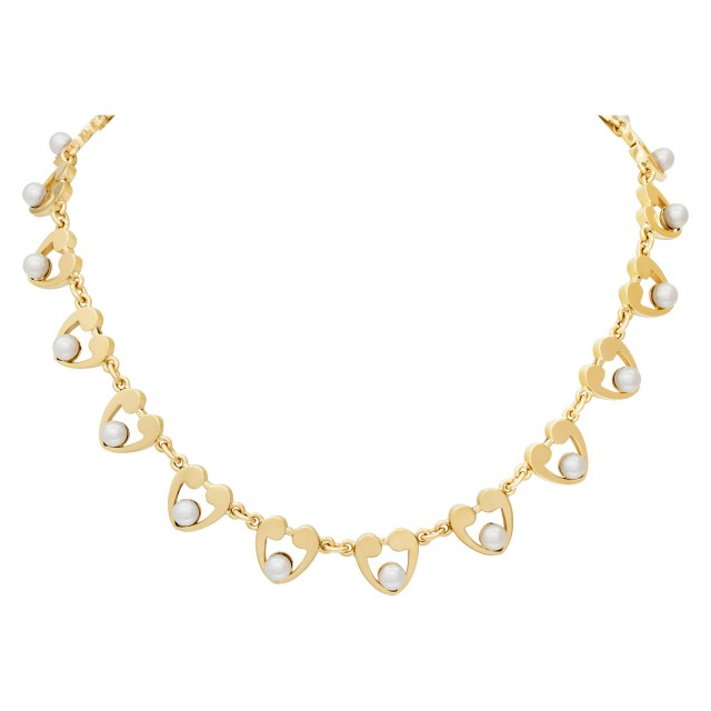 Pearl necklace 5.0mm in 14k yellow gold image 1