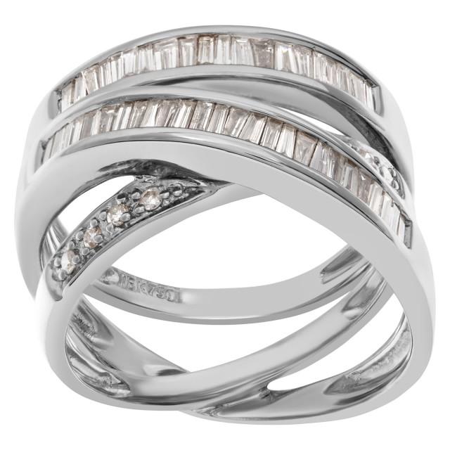Diamond ring in 18k white gold image 1