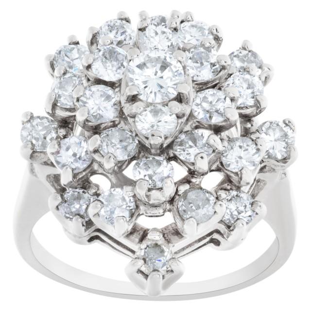 Diamond cluster ring in 18k white gold image 1