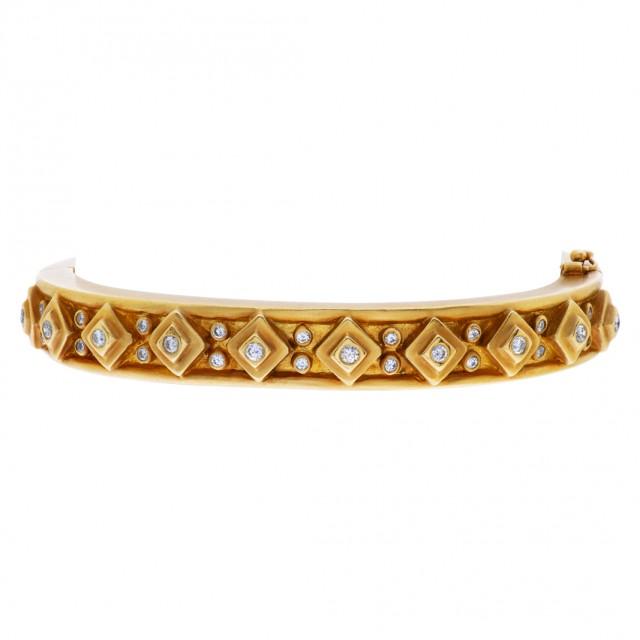 Chunky 18k bracelet with diamond accents image 1