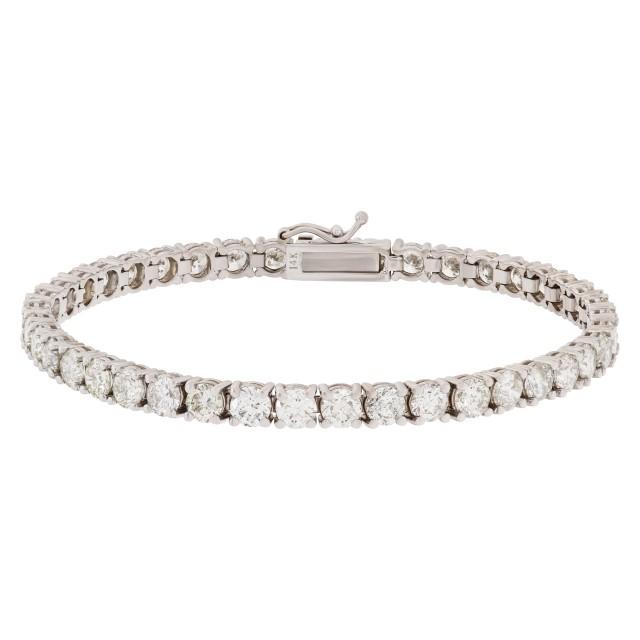 Stunning diamond tennis bracelet image 1