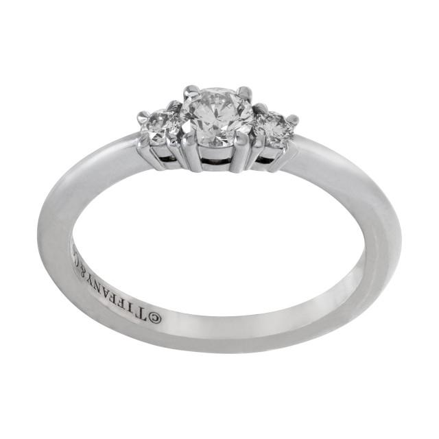 Tiffany & Co. Diamond ring in platinum image 1