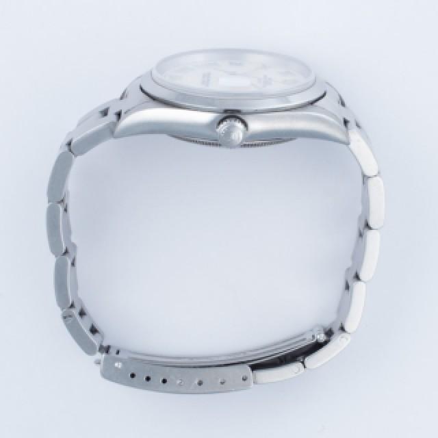 Rolex Date 15200 image 3