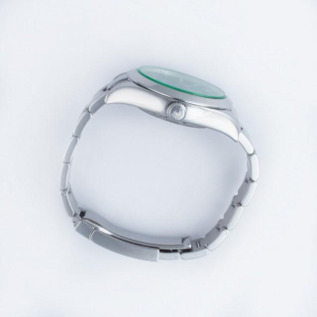 Rolex Milgauss 116400V image 4