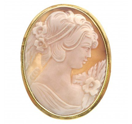 Victorian Shell Cameo portrait of a beautiful maiden, broach/pendant set in 14k yellow gold.