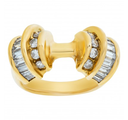 Amazing 18k yellow gold ring with app.0.25cts round diamonds & 0.40cts in baguette diamonds