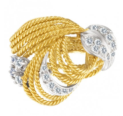 Ladies Braided 18k Yellow Gold Ring With A Diamond Leaf Accent