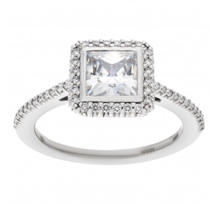 Ritani setting 18k white gold semi-mount 0.24 cts Shown with center CZ not a Diamond