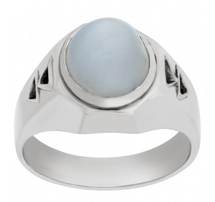 Platinum ring with a center star sapphire approx. 4 carats with diamond accents