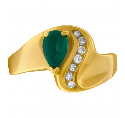 Pear shaped emerald ring with diamond accents in 14k gold. Size 10