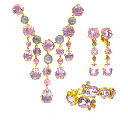 Necklace, bracelet and earrings parure, set in 18k yellow gold, w/ pink tourmaline and light violet amethyst