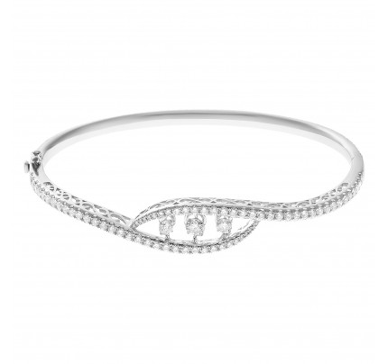 Dancing eternity diamond bangle in 18k white gold with 3.14cts in diamonds