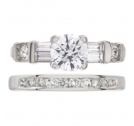 Diamond engagement ring 0.78 carat in 18k white gold with 14k white gold diamond wedding band