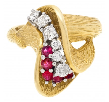 Tulip design ruby & diamond ring in 18k yellow gold