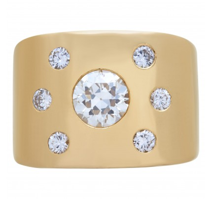 Diamond ring in 14k gold, center 1.0 carat, total 1.42 carats.