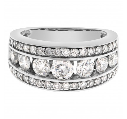 Elegant diamond ring set in 14k white gold with approximately 1.25 carat in diamonds
