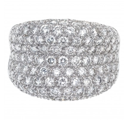 Pave diamond ring in 18k white gold