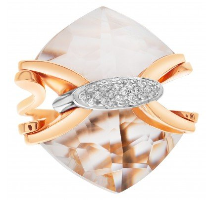 "Mesmerizing quartz & diamonds ring by Italian designer ""Falcinelli"", w 17 carats ""arrow"" shape cut quartz & diamonds."