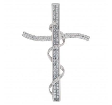 Large cross pendant in 18k white gold.