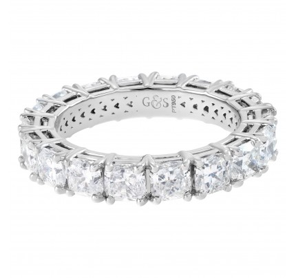 Diamond eternity band with 18 cushion cut diamonds 4.50 carats